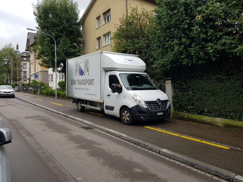 15f700a3 6ae1 42d9 9d95 1d93e3890cf9 Umzug in Zürich