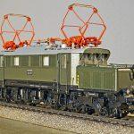 electric locomotive, model, track h0
