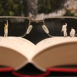 miniature figures, handyman, glasses