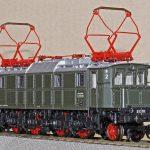 model train, electric locomotive, e17