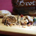 advent season, dürer bread, miniature figures