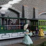 model train, track h0, diorama